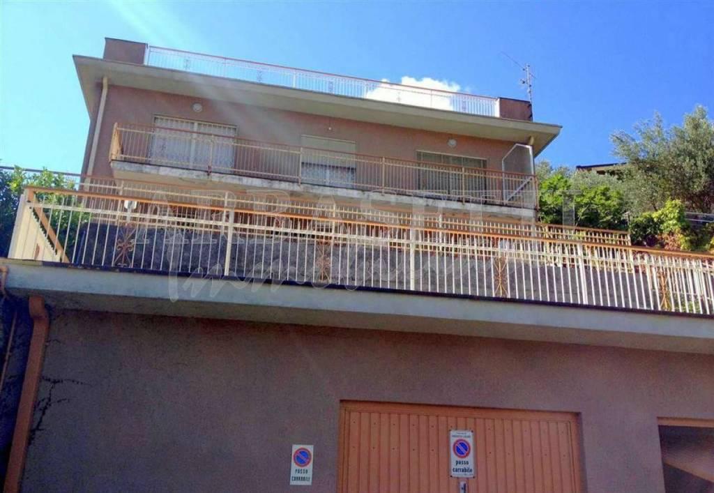 Soluzione Indipendente in vendita a Casarza Ligure, 8 locali, prezzo € 259.000 | PortaleAgenzieImmobiliari.it