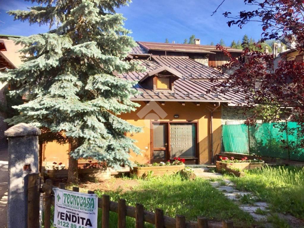 Appartamento in ottime condizioni arredato in vendita Rif. 9156099