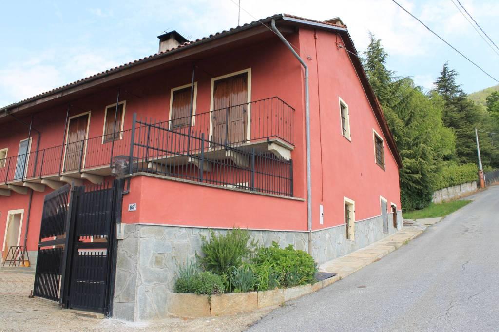 Foto 1 di Rustico / Casale via Giaveno 88/13, Cumiana