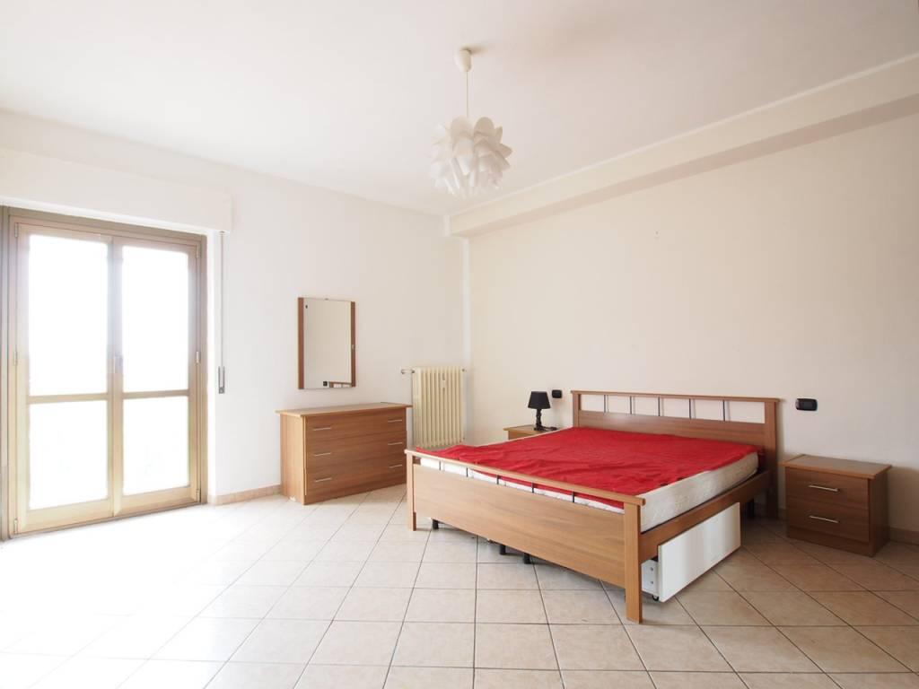Appartamento in buone condizioni in vendita Rif. 8846710