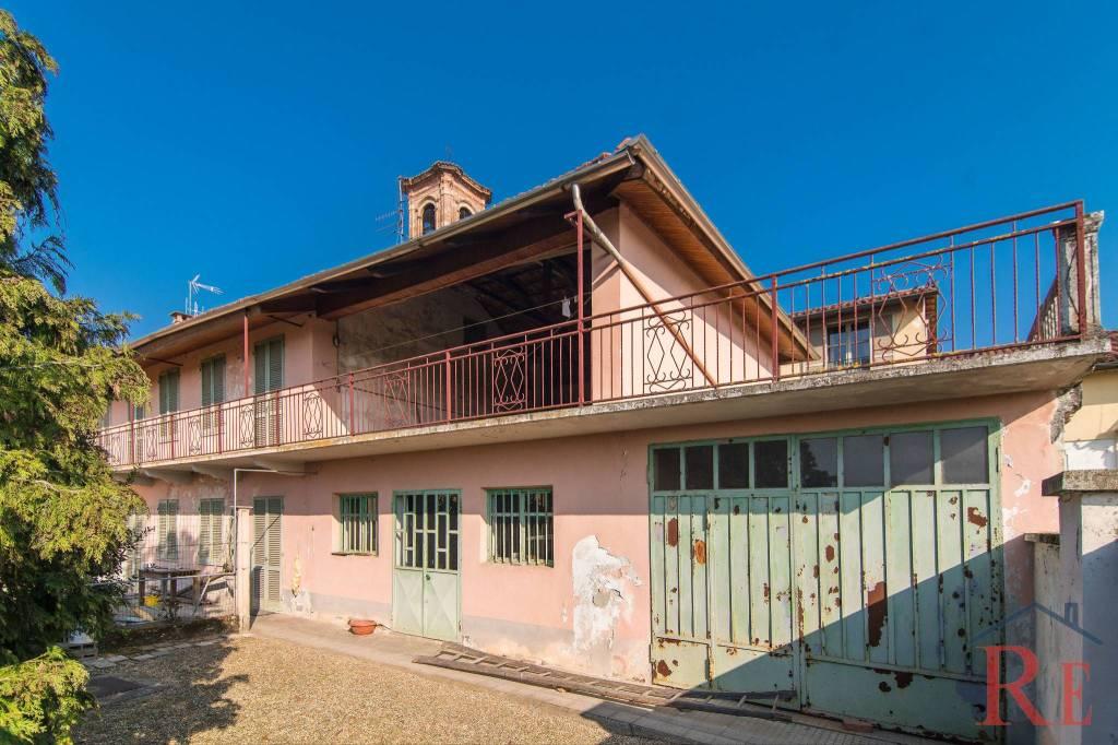 Foto 1 di Villa via Case Nuove 8, Carmagnola