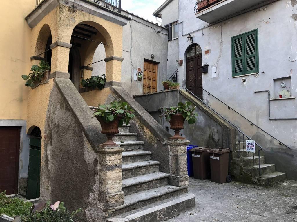 Appartamento centro storico con taverna