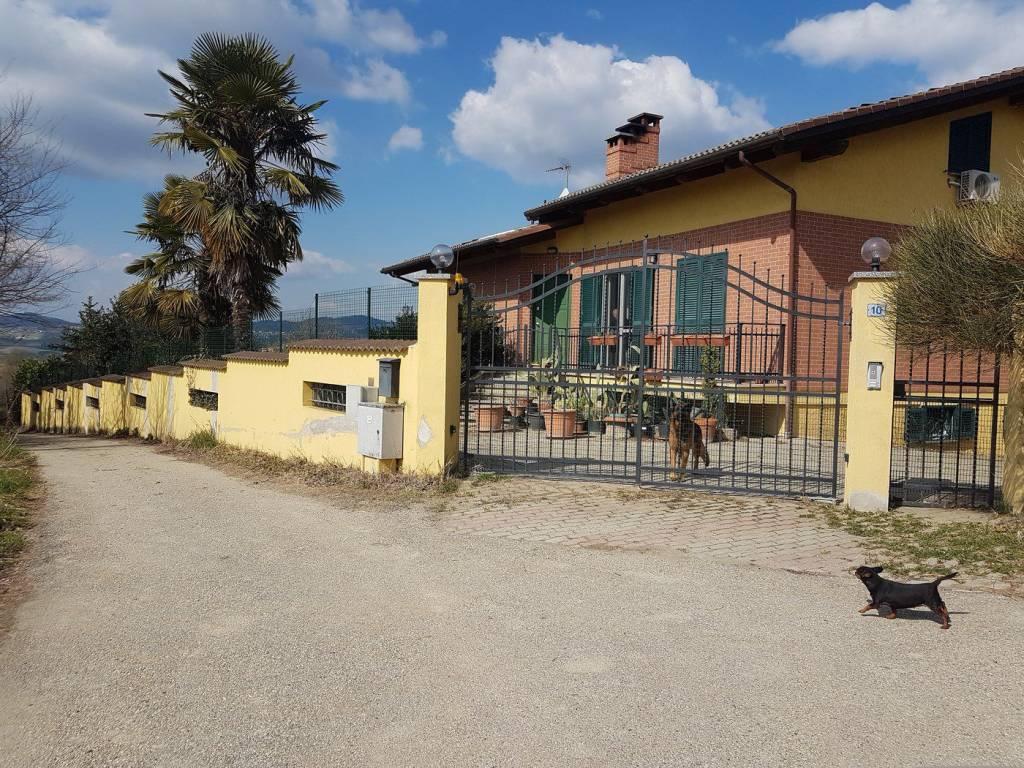 Foto 1 di Villa via Lucco 10, Marentino