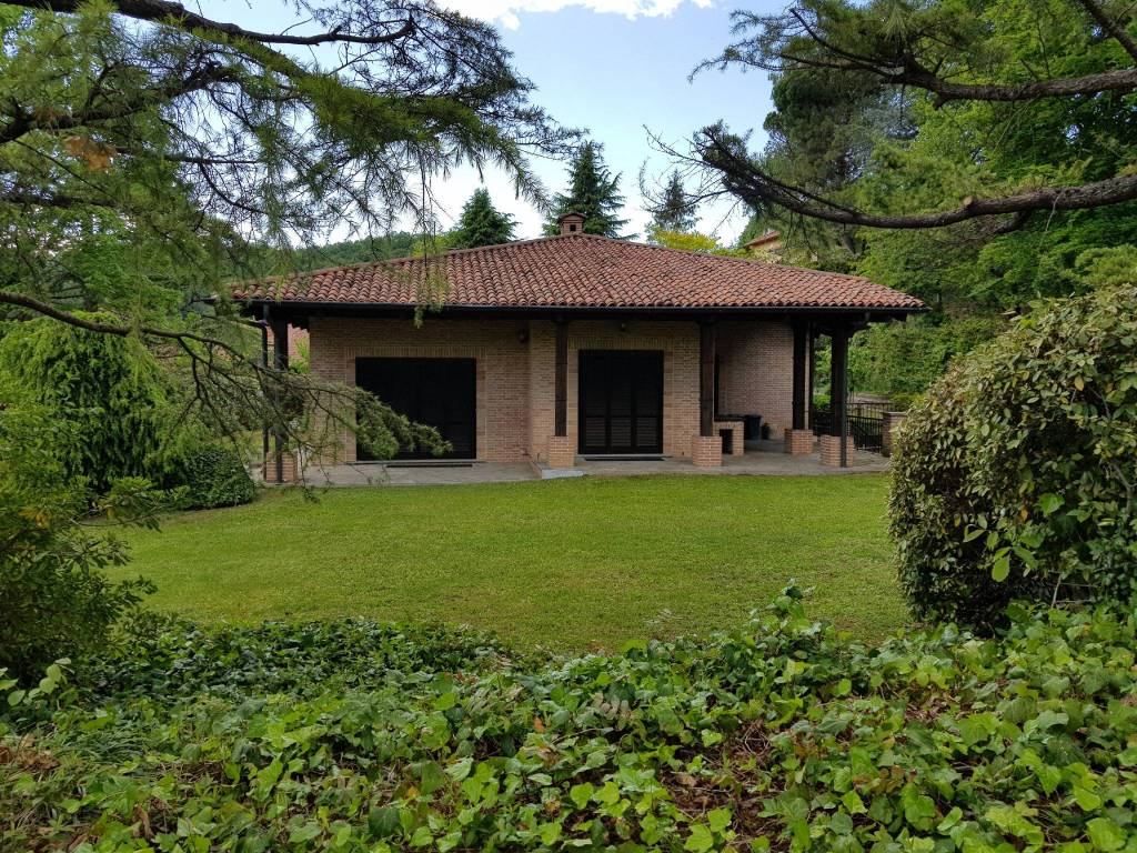 Foto 1 di Villa strada rosero, 89, Pecetto Torinese