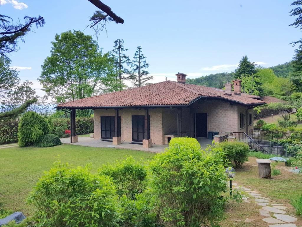 Foto 1 di Villa strada Rosero, Pecetto Torinese