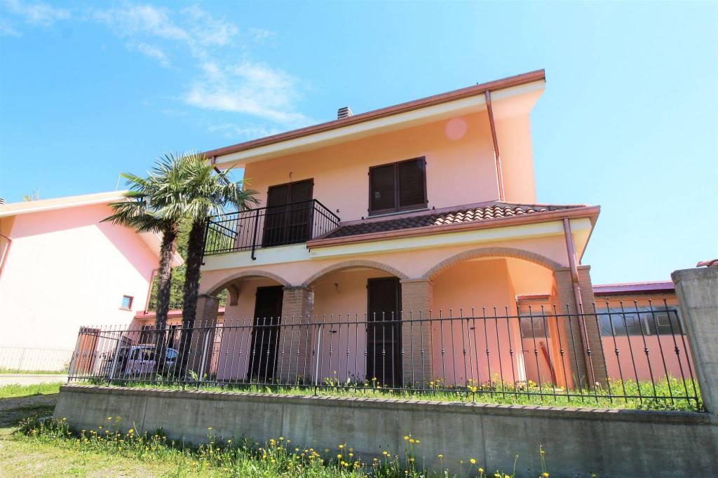Foto 1 di Villa strada dei Comuni 1, Caselette