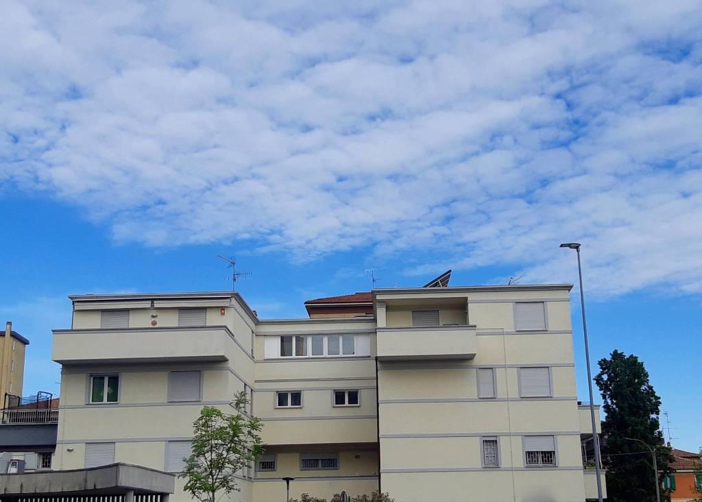 Foto 1 di Appartamento via Melozzo da Forli', Bologna (zona S.Viola)