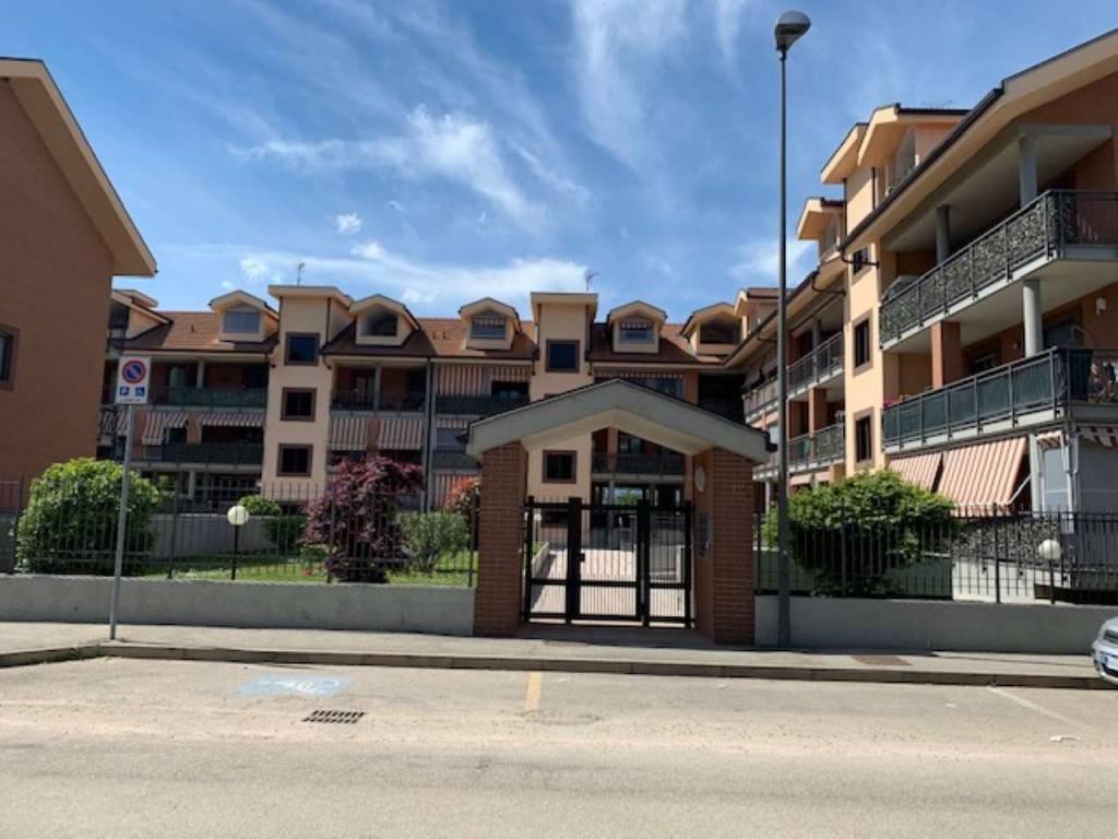 Appartamento in vendita a Beinasco, 4 locali, prezzo € 225.000 | PortaleAgenzieImmobiliari.it