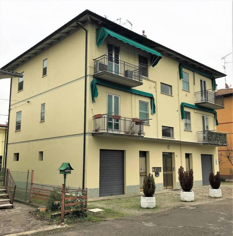 Appartamento da ristrutturare in vendita Rif. 9123388
