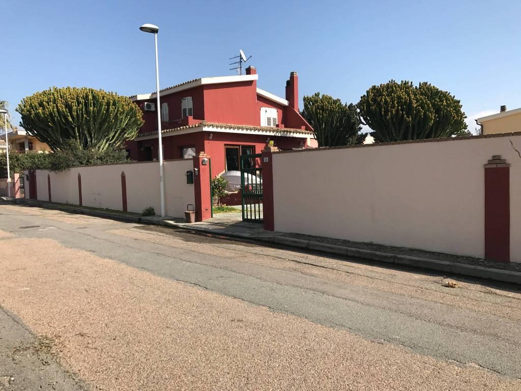 Villa in ottime condizioni in vendita Rif. 9140881