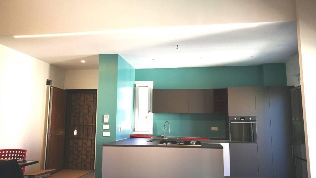 Foto 1 di Appartamento via Emilia Ponente 15, Bologna (zona Saffi)