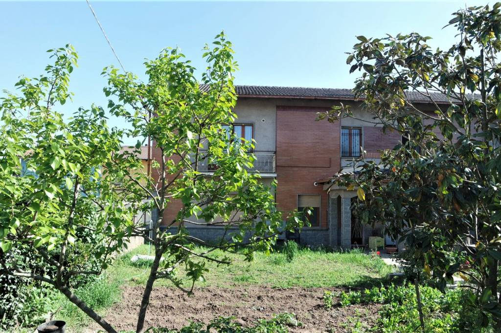Foto 1 di Trilocale via del Molino, San Giusto Canavese