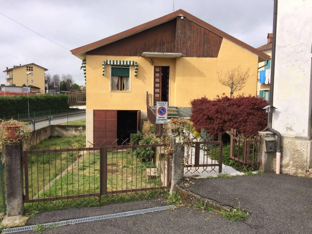 Foto 1 di Villa piazza San Sebastiano 4, Cervere