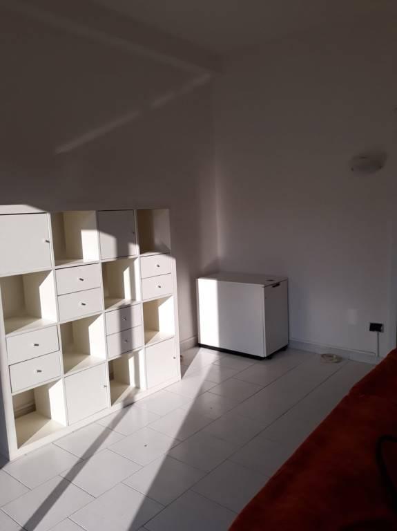 Appartamento in vendita a Landriano, 2 locali, prezzo € 65.000   CambioCasa.it