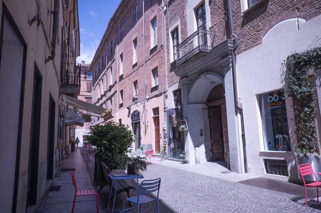 Foto 1 di Trilocale via Giuseppe Stefano Incisa 10, Asti