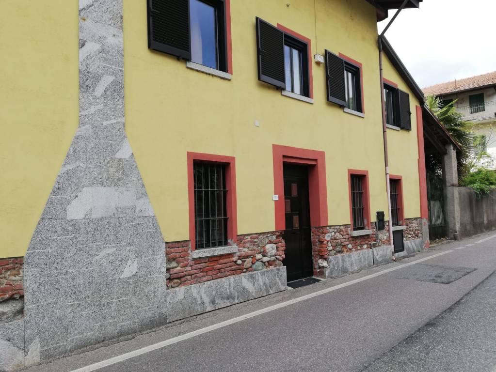 Appartamento in affitto a Agrate Conturbia, 2 locali, prezzo € 350 | CambioCasa.it