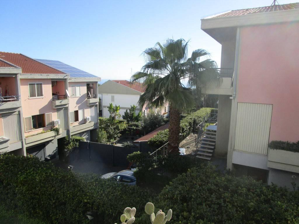 Villa in buone condizioni in vendita Rif. 9302970