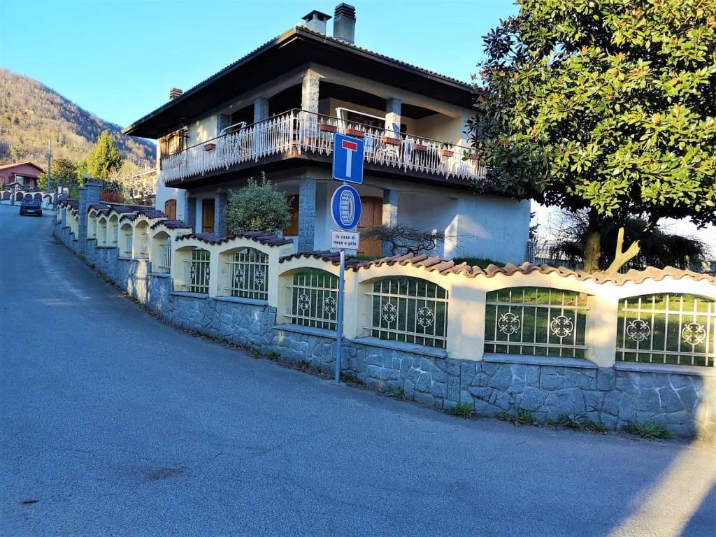 Foto 1 di Appartamento via Musinè, Giaveno