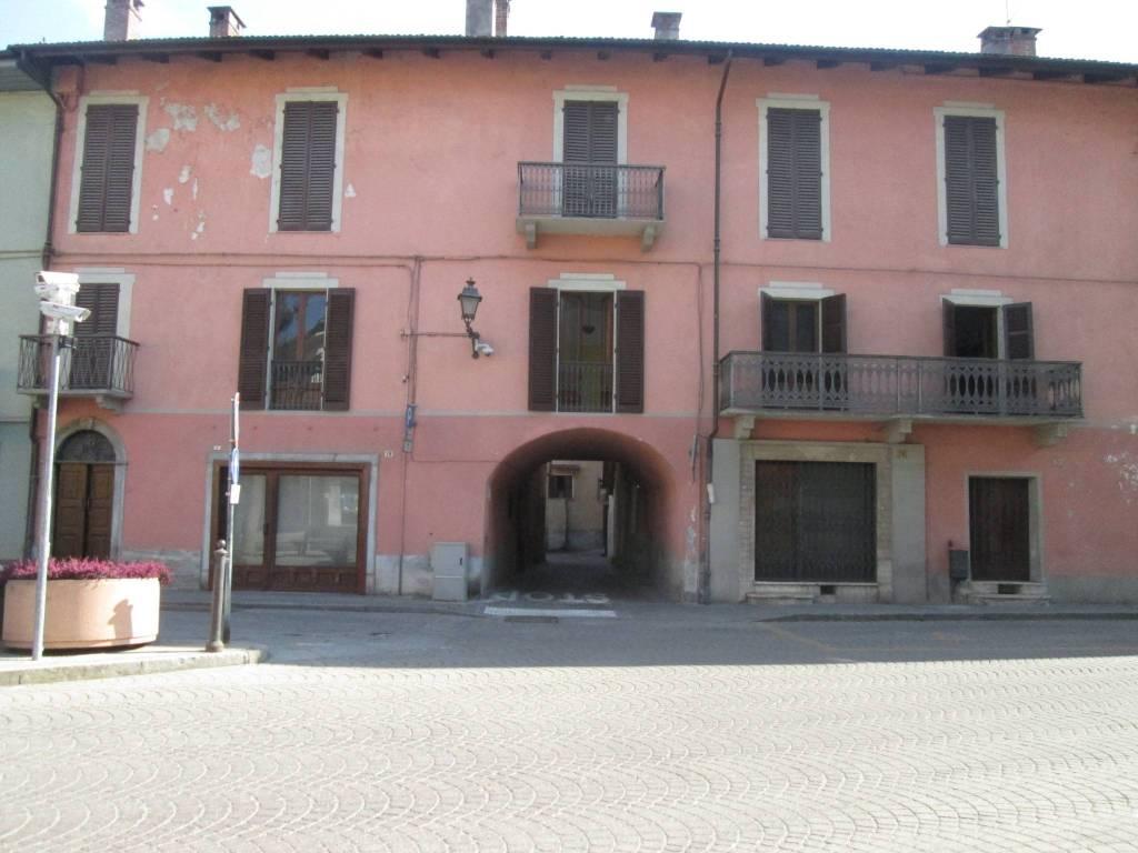 Palazzo / Stabile in vendita a Roccavione, 10 locali, prezzo € 370.000 | PortaleAgenzieImmobiliari.it