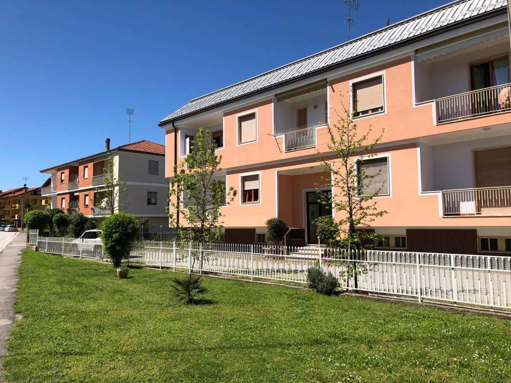 Foto 1 di Bilocale via Acceglio, Cuneo