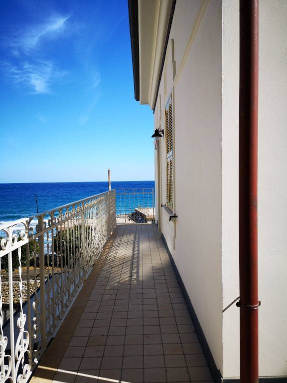 Appartamento in affitto a Laigueglia, 3 locali, Trattative riservate | PortaleAgenzieImmobiliari.it