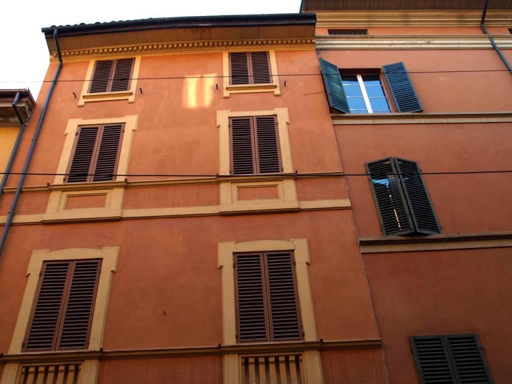 Appartamento in Affitto a Bologna Centro: 3 locali, 65 mq