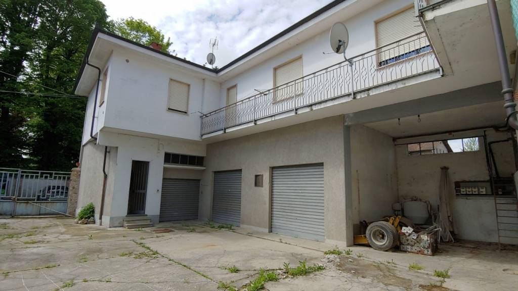 Foto 1 di Villa vicolo Roatis 14, Savigliano