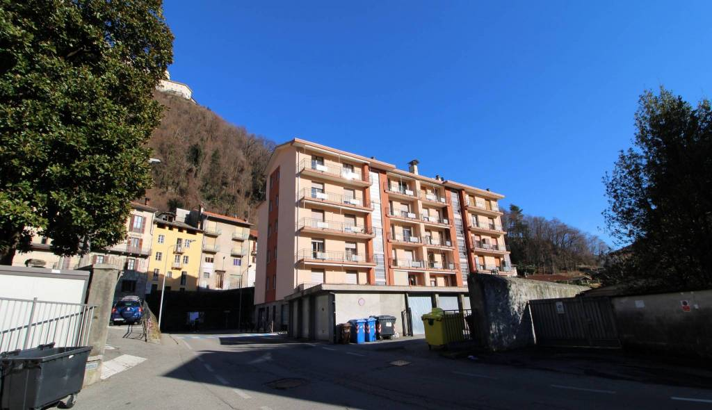 Appartamento in vendita a Varallo, 4 locali, prezzo € 80.000 | PortaleAgenzieImmobiliari.it
