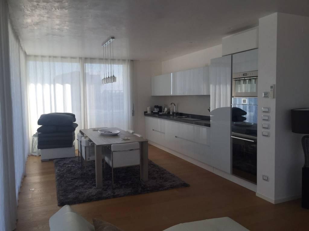 Prestigioso appartamento fronte mare, foto 8
