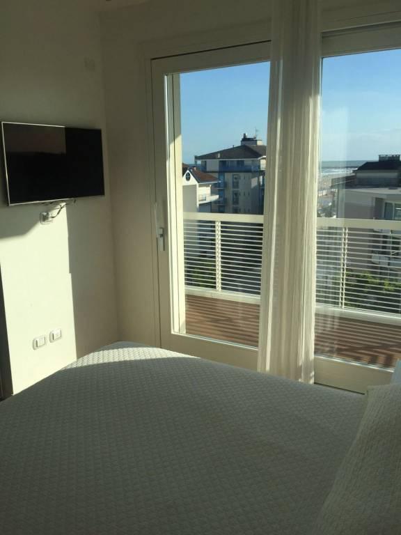 Prestigioso appartamento fronte mare, foto 12