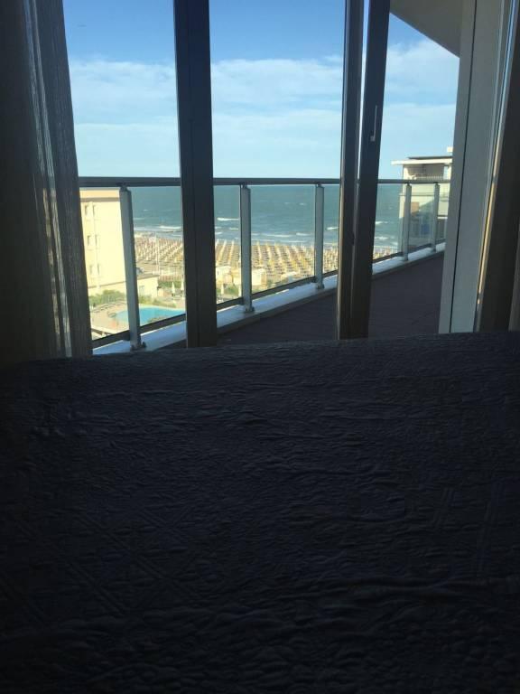 Prestigioso appartamento fronte mare, foto 18