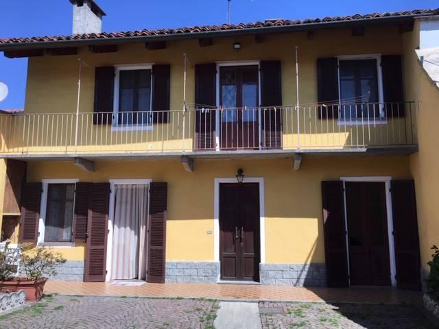 Foto 1 di Villetta a schiera via Fiocchetto, Vigone