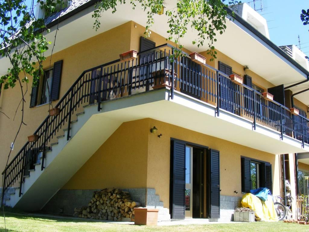 Foto 1 di Villa via Collaretto, Prarostino