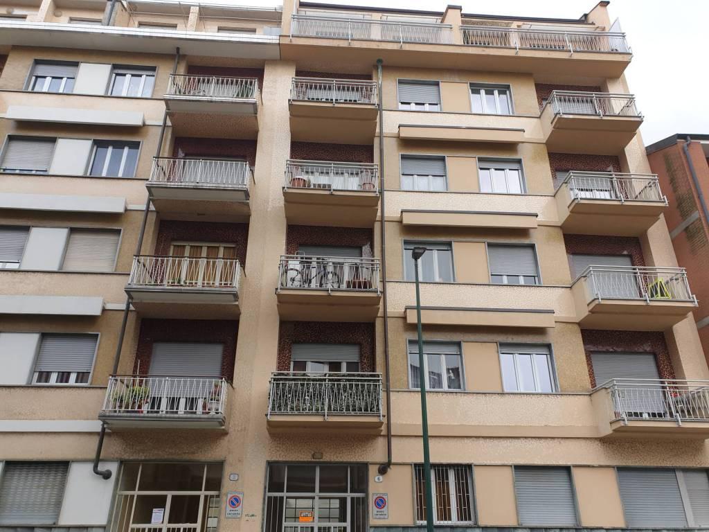 Foto 1 di Trilocale via Venaria 72/6, Torino (zona Madonna di Campagna, Borgo Vittoria, Barriera di Lanzo)