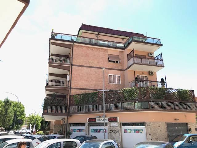 Attico / Mansarda in vendita a Roma, 5 locali, zona Zona: 28 . Torrevecchia - Pineta Sacchetti - Ottavia, prezzo € 440.000 | CambioCasa.it