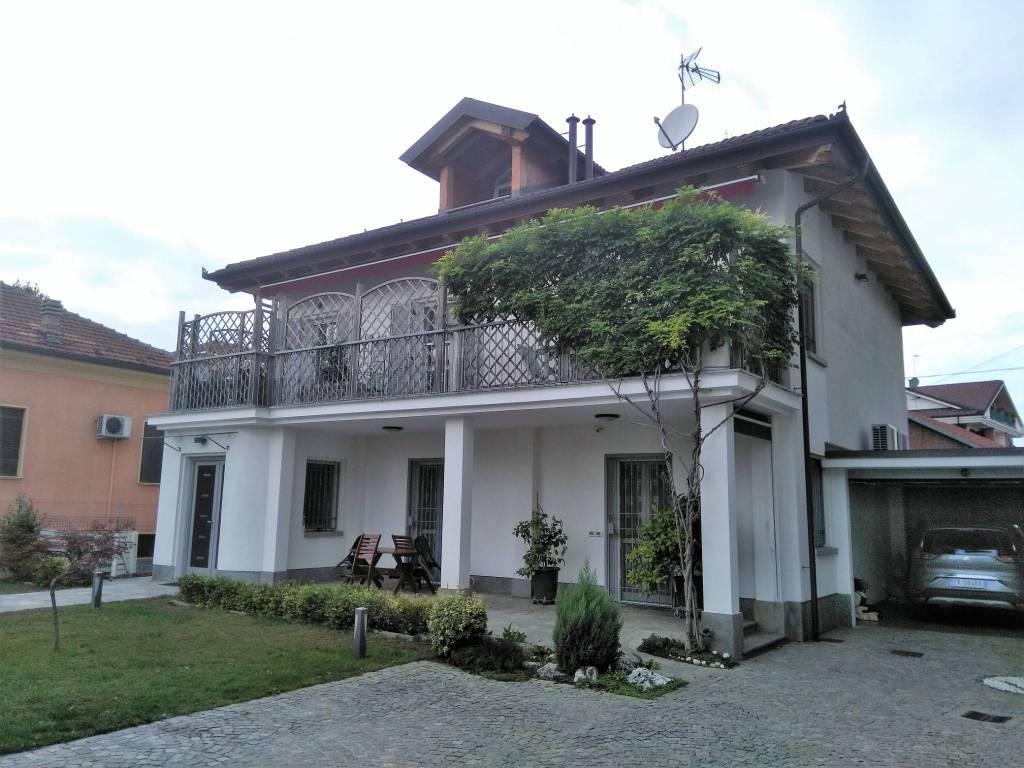 Foto 1 di Appartamento via Bartolomeo Ronco 6, Carmagnola