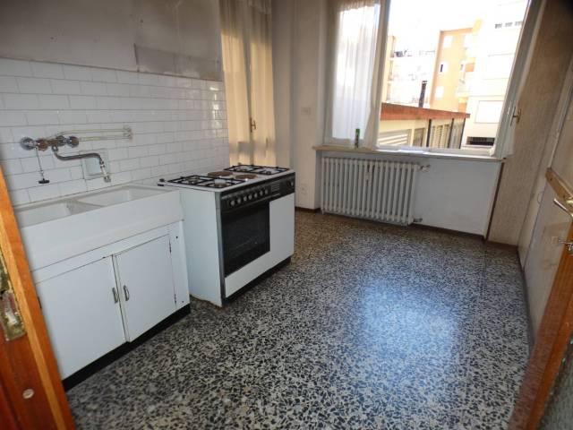 Appartamento in buone condizioni in vendita Rif. 6787335
