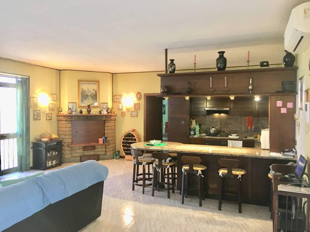Appartamento in vendita a Travagliato, 3 locali, prezzo € 125.000 | PortaleAgenzieImmobiliari.it