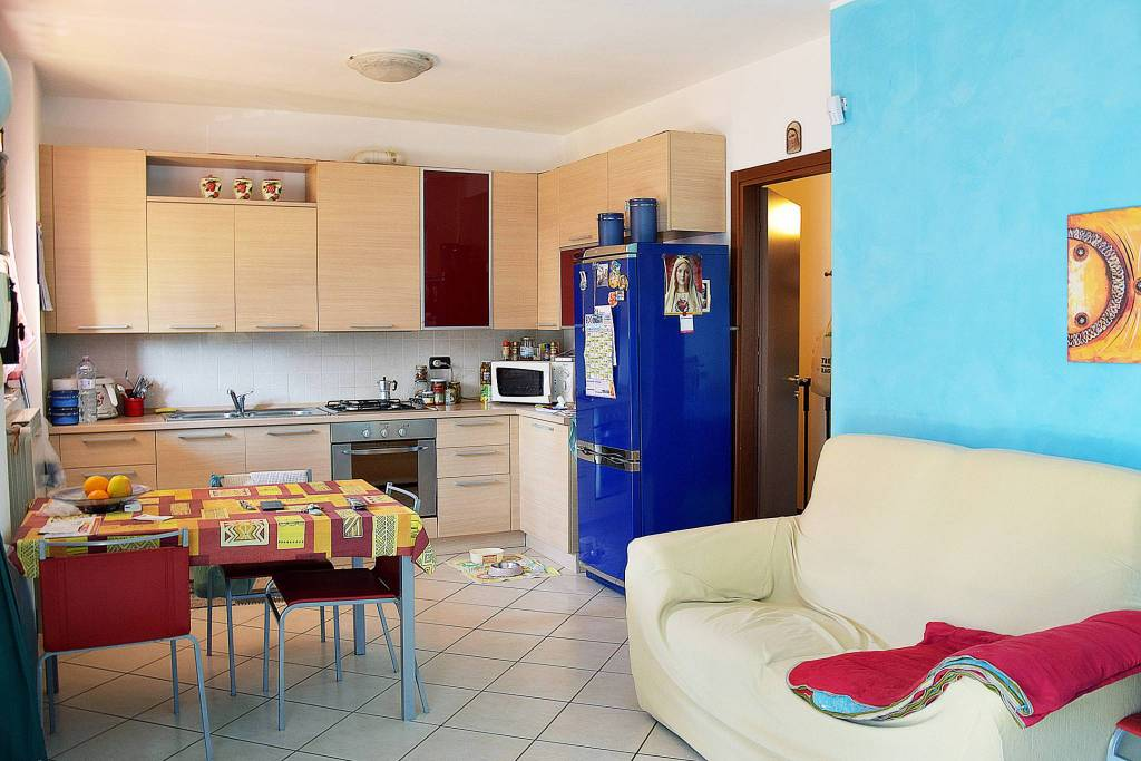 Appartamento in vendita via Trento Capriate San Gervasio