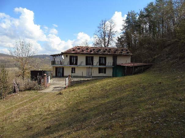Foto 1 di Rustico / Casale Regione Madonna Addolorata 10, Levice