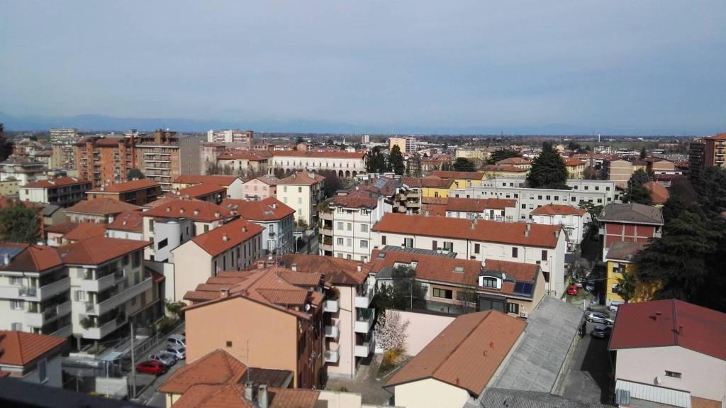 Appartamento in vendita a Melegnano, 3 locali, prezzo € 240.000 | CambioCasa.it
