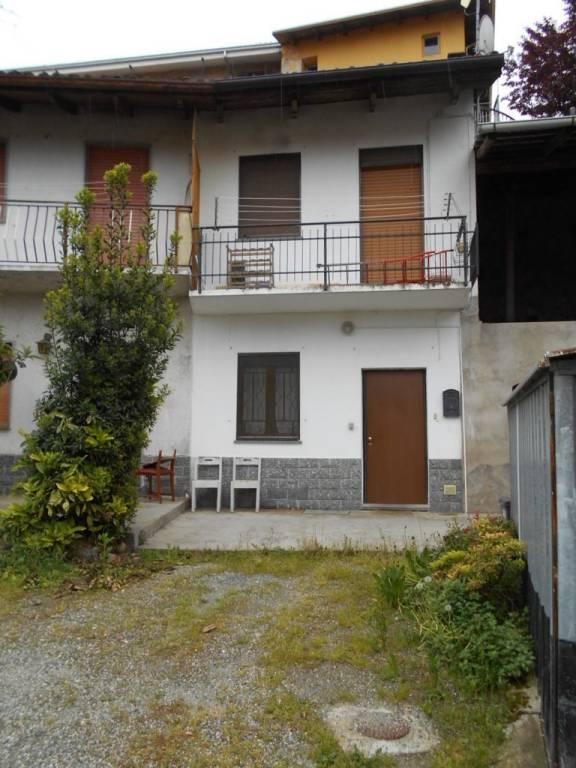 Foto 1 di Villa via Berno 12, Moncrivello