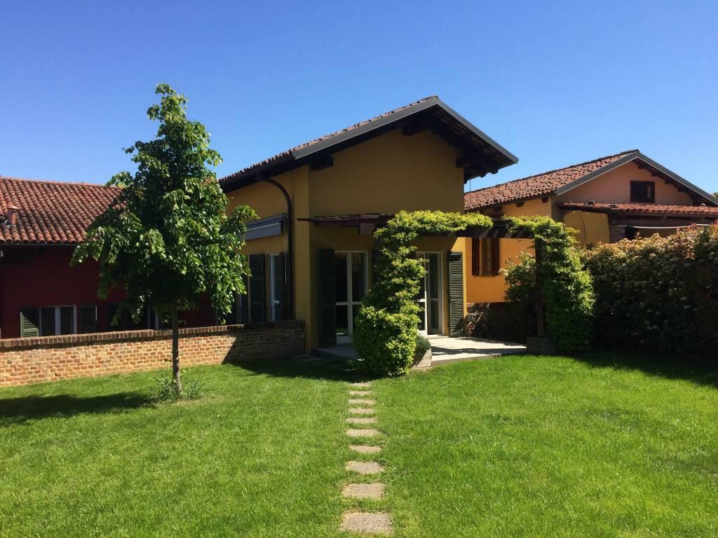 Foto 1 di Appartamento via San Giorgio 20, Chieri