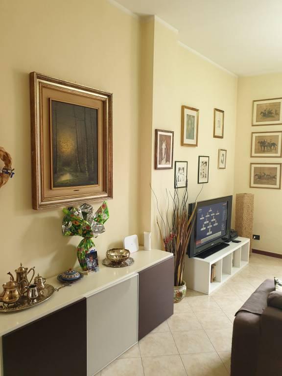 Foto 1 di Appartamento via Emilia Ponente 233, Bologna (zona S.Viola)