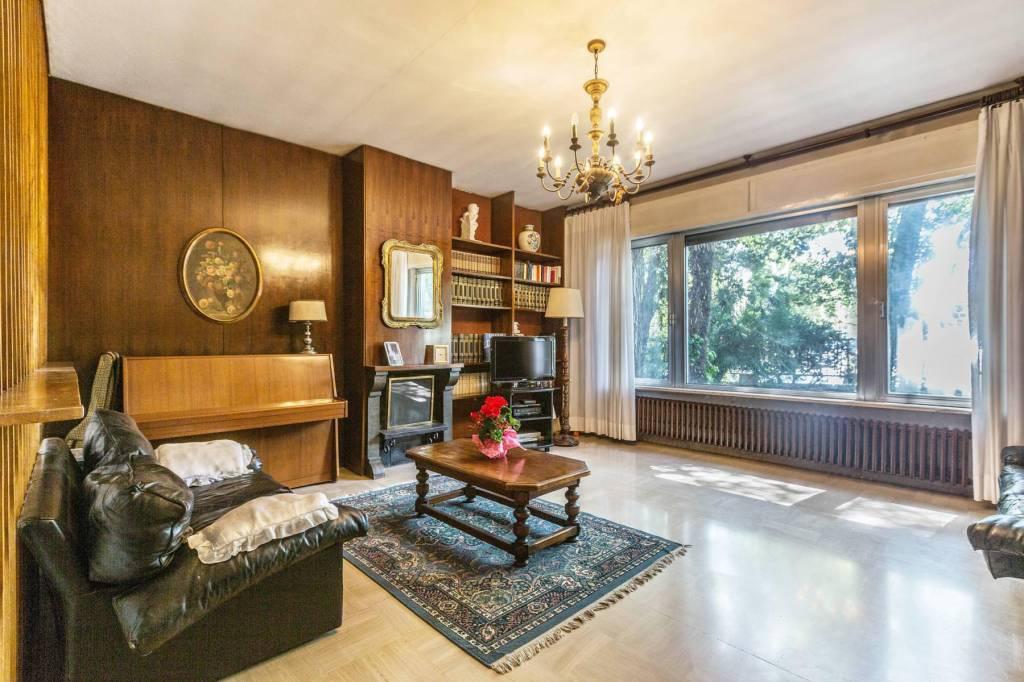 Foto 1 di Villa viale Tripoli 158, Rimini