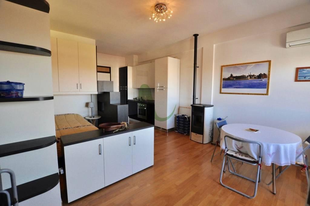 Appartamento in Vendita a Cesenatico Centro: 1 locali, 38 mq