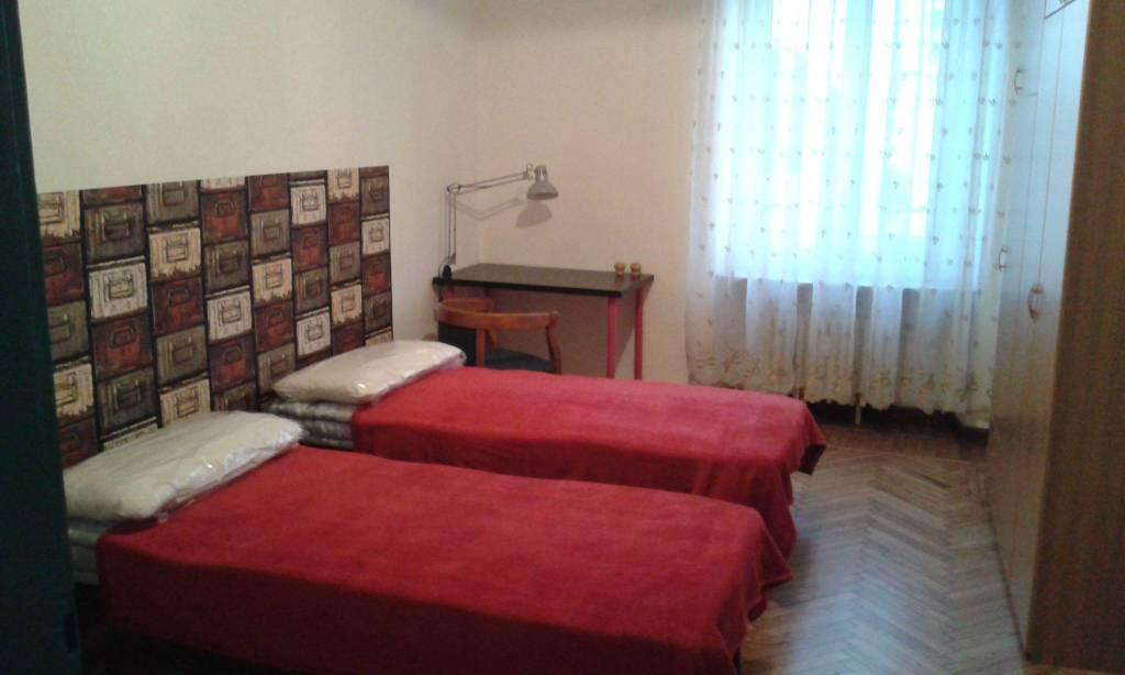 Foto 1 di Bilocale via Prospero Richelmy 15, Torino (zona Valentino, Italia 61, Nizza Millefonti)