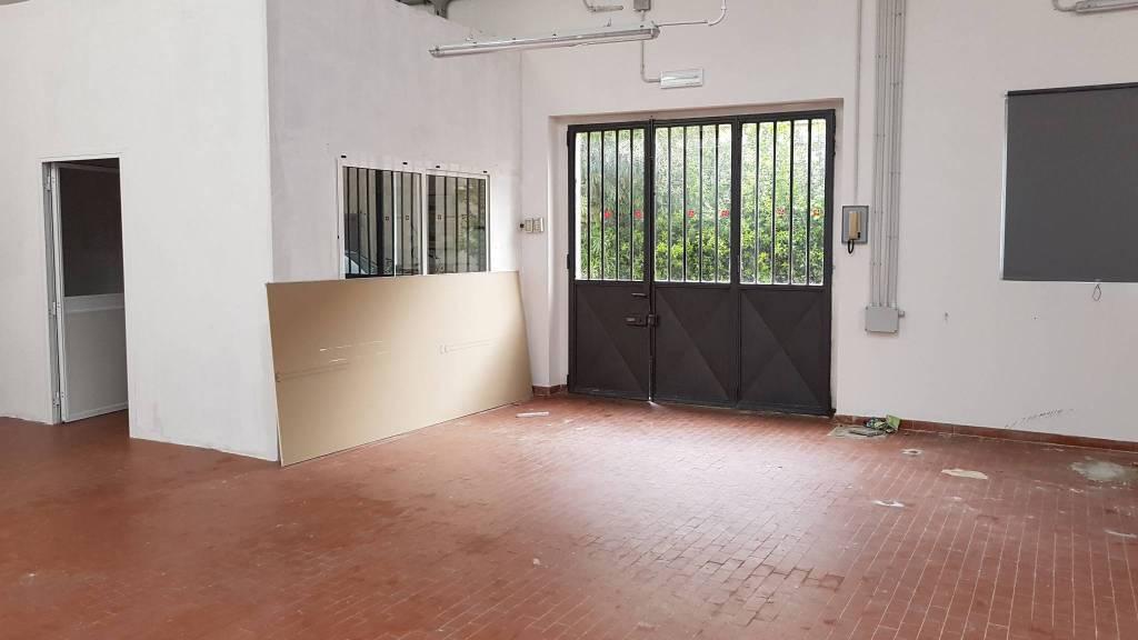 Magazzino in affitto a Firenze, 1 locali, zona Zona: 3 . Il Lippi, Novoli, Barsanti, Firenze Nord, Firenze Nova, prezzo € 1.300 | CambioCasa.it