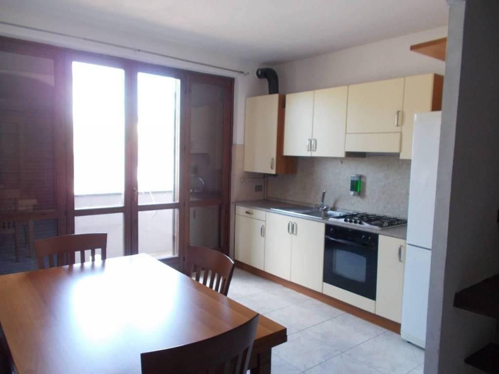 Appartamento in affitto a Fara Gera d'Adda, 2 locali, prezzo € 400 | CambioCasa.it
