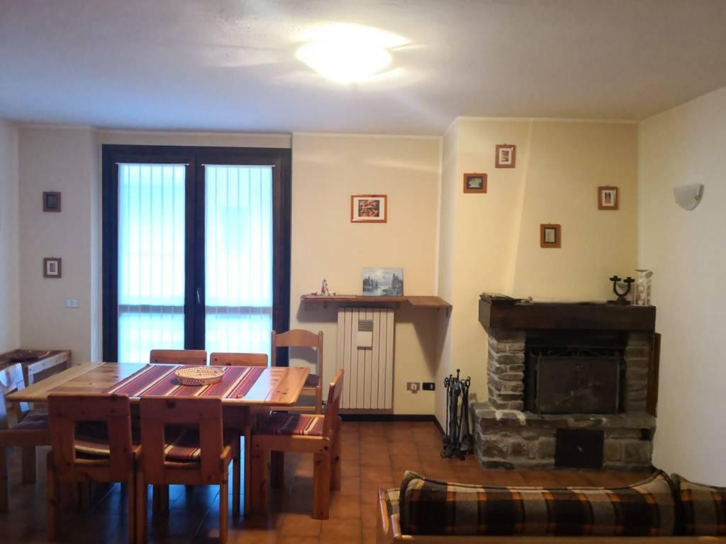 Appartamento in vendita a Aprica, 3 locali, prezzo € 78.000 | CambioCasa.it